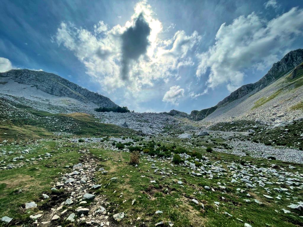 Sella tra Monte Cavallo e Monte Forcellone